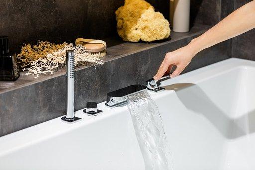Смеситель врезной каскадный для ванн Ravak Chrome CR 025.00, X070073